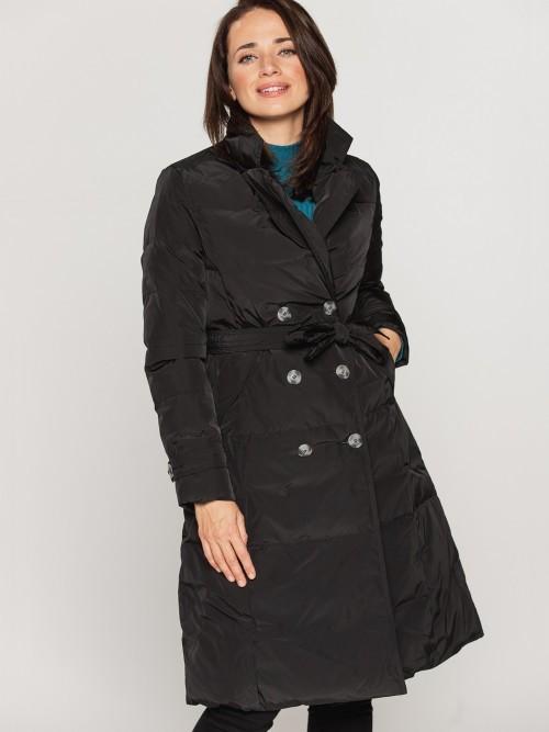 Dwurzędowy płaszcz pikowany z kołnierzem