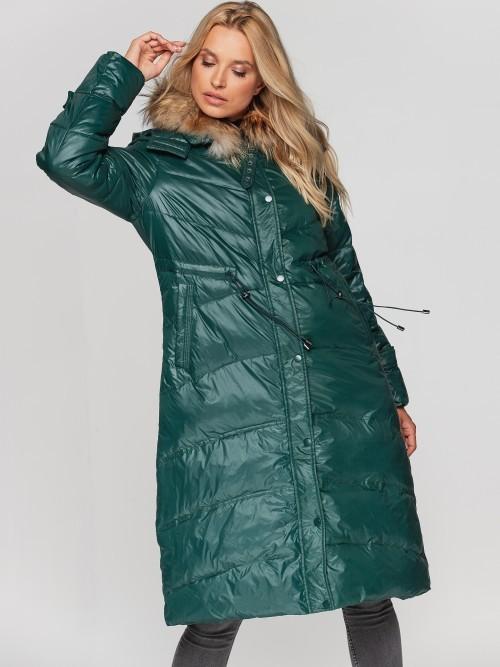 Długi puchowy płaszcz z futrem przy kołnierzu