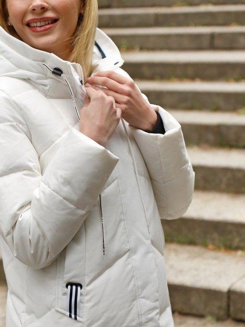 Sportowa puchowa kurtka z kapturem